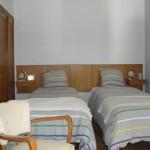 Chambre retro lit séparé